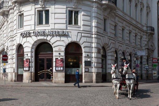 foto,photo,fotografie,photography,bilder,pictures,reisen,travel,sightseeing,ferien, holidays,Besichtigung,Ehemaliges Cafe Griensteidl,Michaelerplatz,Innere Stadt,Wien, Vienna,Österreich,Austria (Canon 5DM2_IMG_5399)